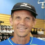 Jeff Galloway will conduct a three-hour running school Sept. 19 at the University of Wisconsin-Fox Valley student union, starting at 9:30 a.m.