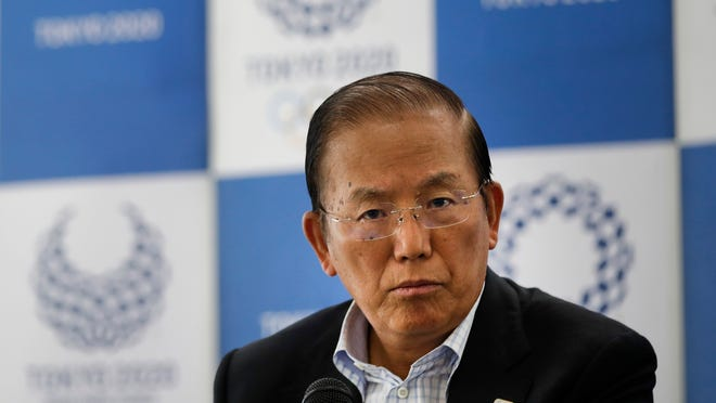 Tokyo Olympics CEO Toshiro Muto and other Olympic officials are proposing that the government relax immigration regulations, allowing athletes to enter the country before next year's postponed games and train during a 14-day quarantine period.
