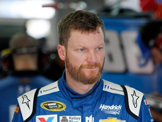 10-11-15-dale earnhardt jr