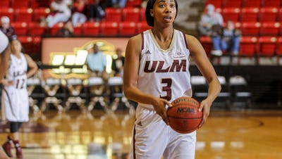 Hunter (3) finished her career no. 14 all-time in scoring at ULM despite making just 15 starters prior to her senior year.