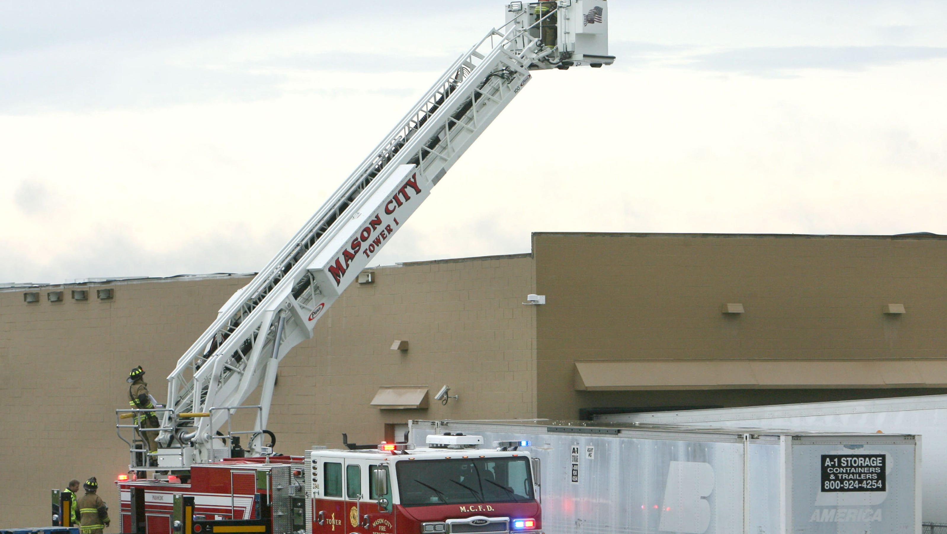 Wal Mart Store S Roof Collapses During Heavy Rain