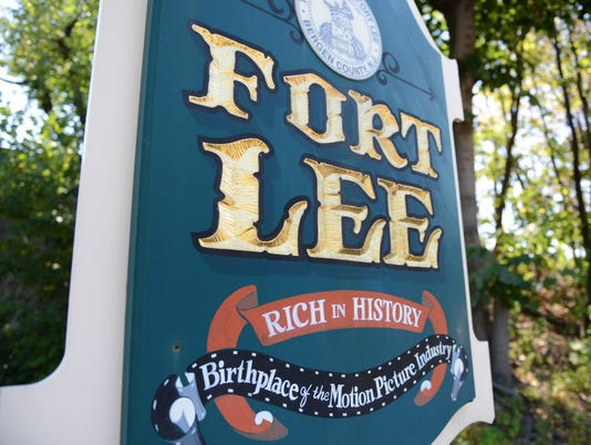 Webkey-Fort-Lee-welcome-sign
