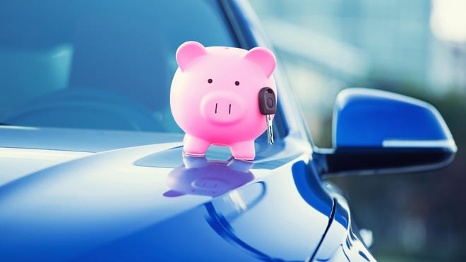 There are a few things to consider before refinancing your auto loan.