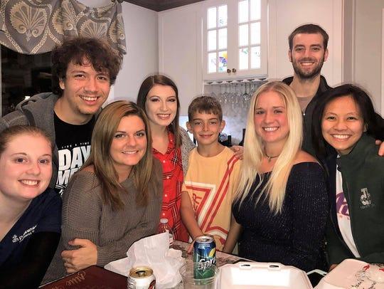 """Friendsgiving – Jami Carlson hosted a """"Friendsgiving"""""""