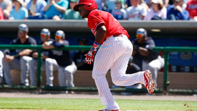 Phillies third baseman Maikel Franco singles during the second inning  Sunday against the New York Yankees at Bright House Field. Franco's hot start to spring continued Thursday when he hit two two-run homers in the Phillies' 6-6 tie against the Tigers.