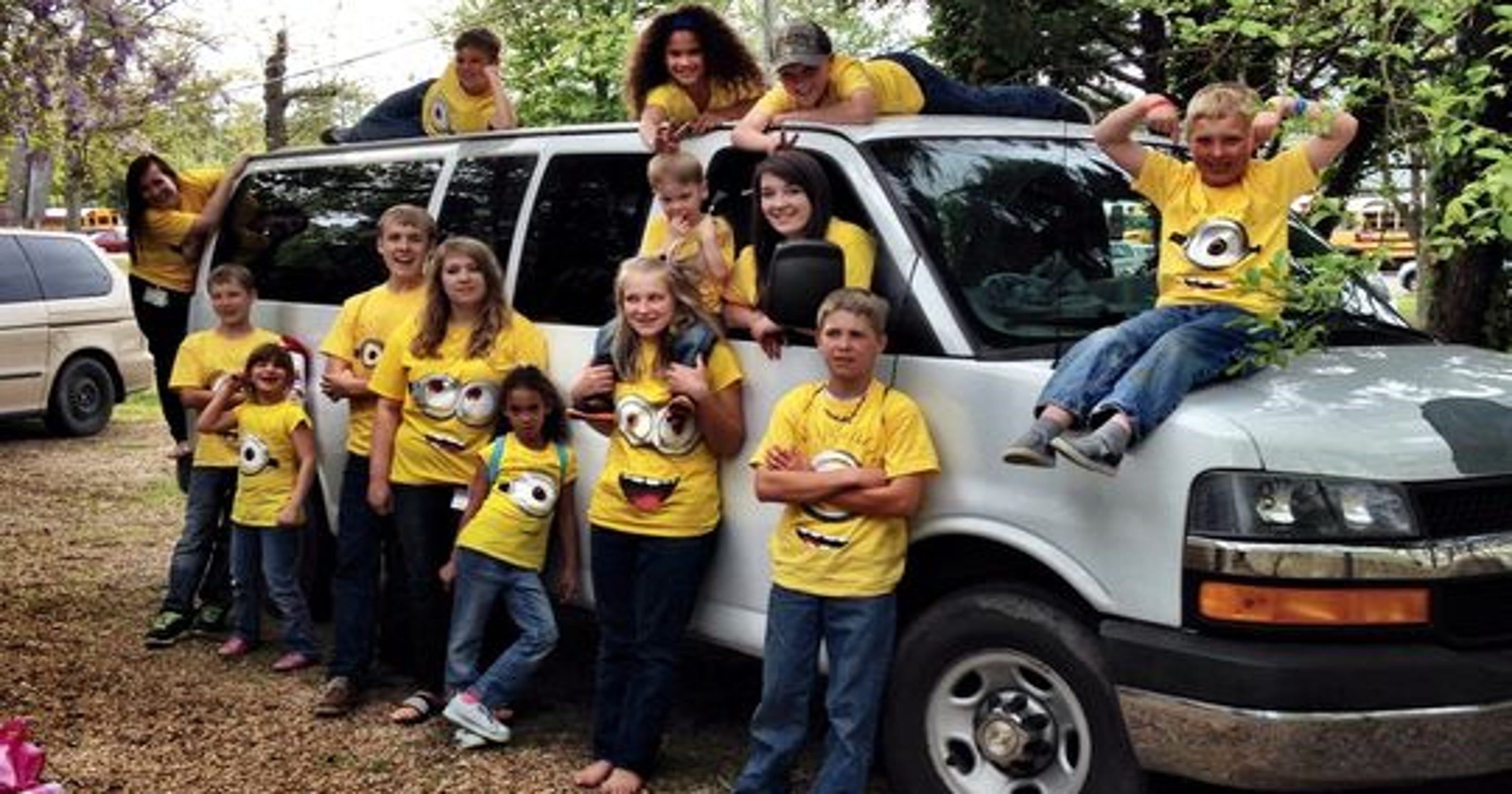 14 kids: Siblings adopted together in big, happy family