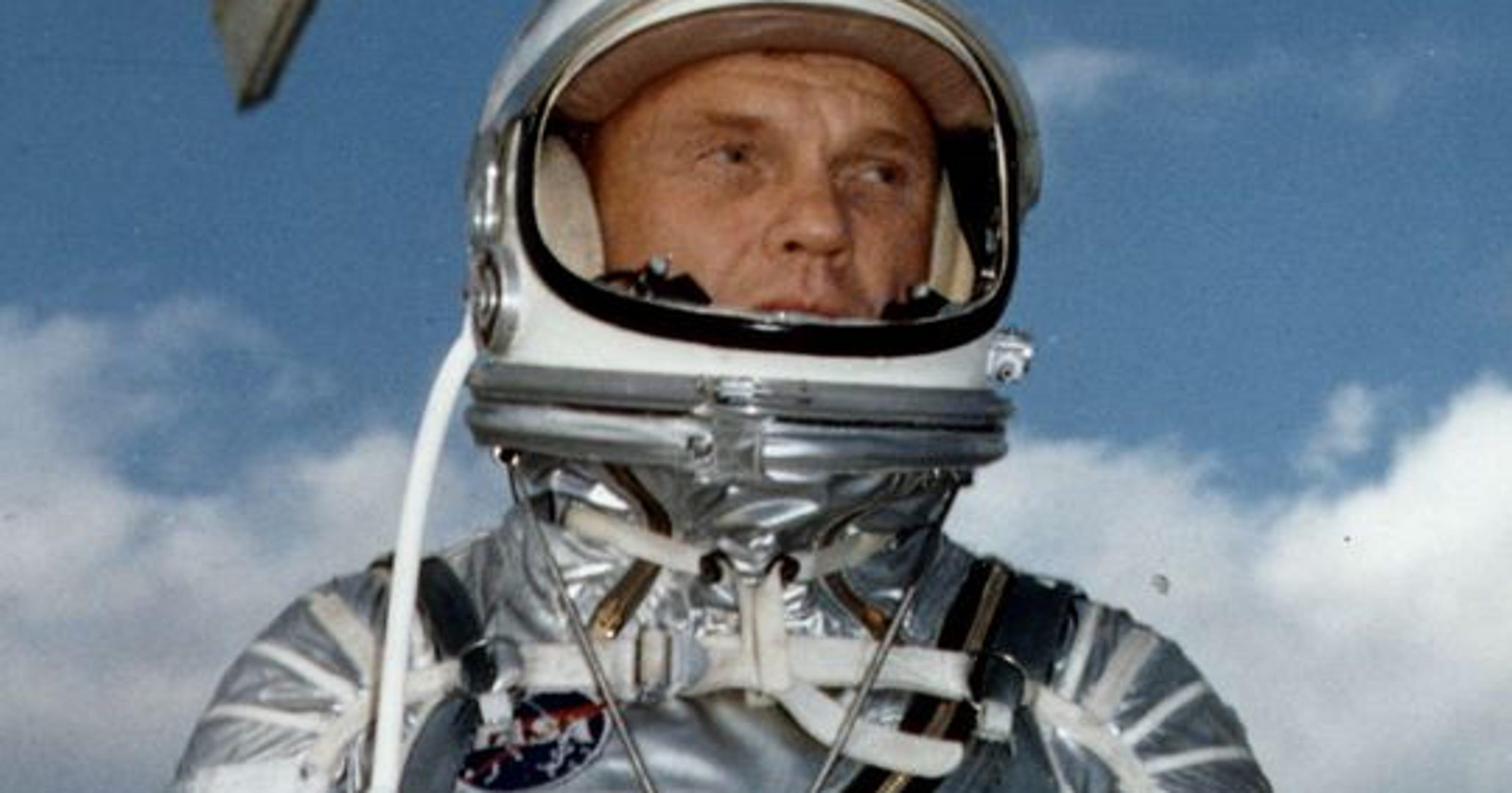 John Glenn, astronaut and senator, dead at 95