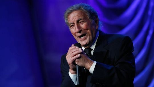 Tony Bennett performs at the Clinton Global Citizen Awards during the 2015 Clinton Global Initiative's annual meeting in New York.