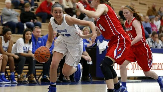Sydney Parrish helped HSE to a win over Avon Friday night.