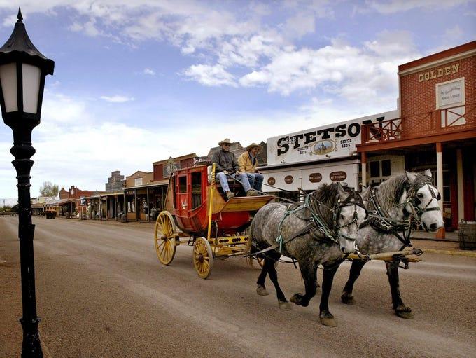 Los turistas pueden disfrutar de un tour en carruaje