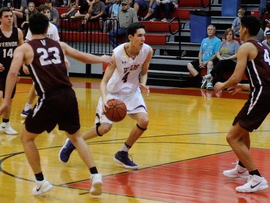 Wylie's Austin Brewer (4) has been a force inside early in the season. Through five games, Brewer is averaging 14 points a game, hitting double digits in three of those contests. The Bulldogs travel to San Angelo for the Doug McCutchen Memorial tournament starting on Thursday.