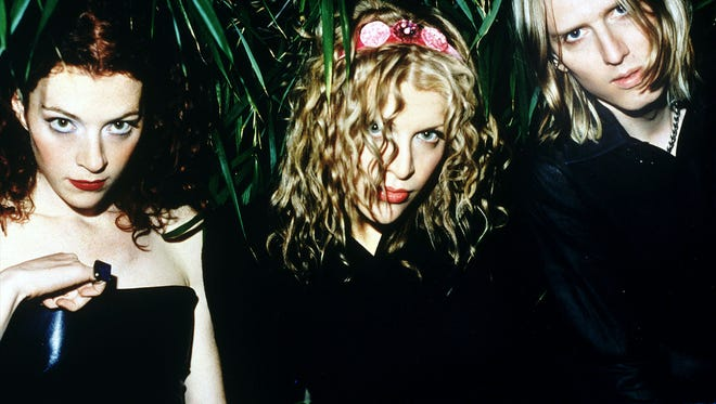 Courtney Love says recently she has reunited with the original members of Hole.