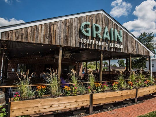 "Following Wednesday's ""Hi, I'm in Delaware!"" podcast taping at 5 p.m., Grain Craft Bar + Kitchen in Newark will host a bring-your-own-vinyl party at 7 p.m. with Dogfish Head's Sam Calagione."