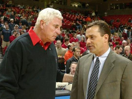 Former UTEP coach  Billy Gillispie meets then-Texas