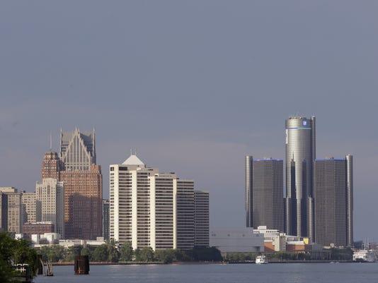 635811219111290981-detroit-bankruptcy-skyline