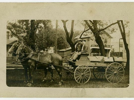 A 1910 beer delivery wagon making a St. Cloud delivery of Gluek beer. The brand was later purchased and bottled by the Cold Spring Brewing Co.