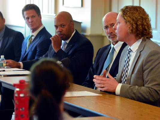 Gov Wolf roundtable