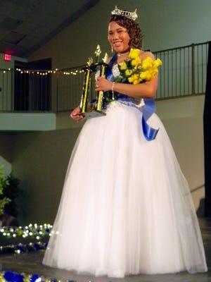 Aureonya Glenn was crowned Miss Black Clarksville 2016.