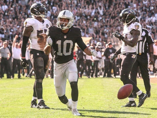 Oakland Raiders wide receiver Seth Roberts, a Maclay School alum, catches a game-winning touchdown pass in the fourth quarter against the Baltimore Ravens on Sept. 13, 2015.
