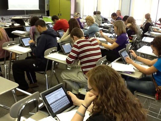 ipads in class.JPG
