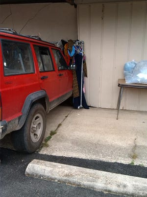 A red Jeep ran into A.P.P.L.E.S. thrift store in Mountain Home late Monday morning. No one was injured.