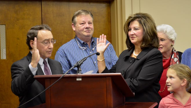 Lynda Bradley Love was sworn in by Judge James Hunter to fill the Gallatin City Council's vacant District 1 seat Tuesday, Nov. 15.