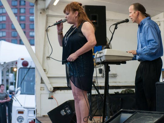 EDGEWATER, NJ 7/28/2016 MUSIC AT THE MARINA: The Susan