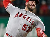 Twins complete $1.8M deal with ex-Angels closer Blake Parker