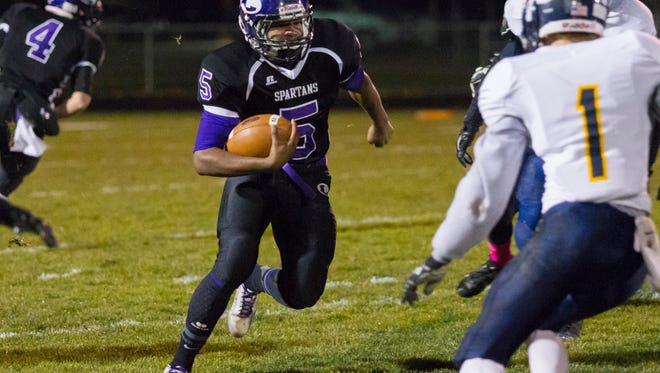 Dre'On Kemp of Lakeview rushes down field against Mattawan.