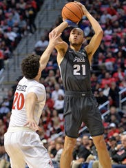 Wolf Pack guard Kendall Stephens shoots over SDSU's