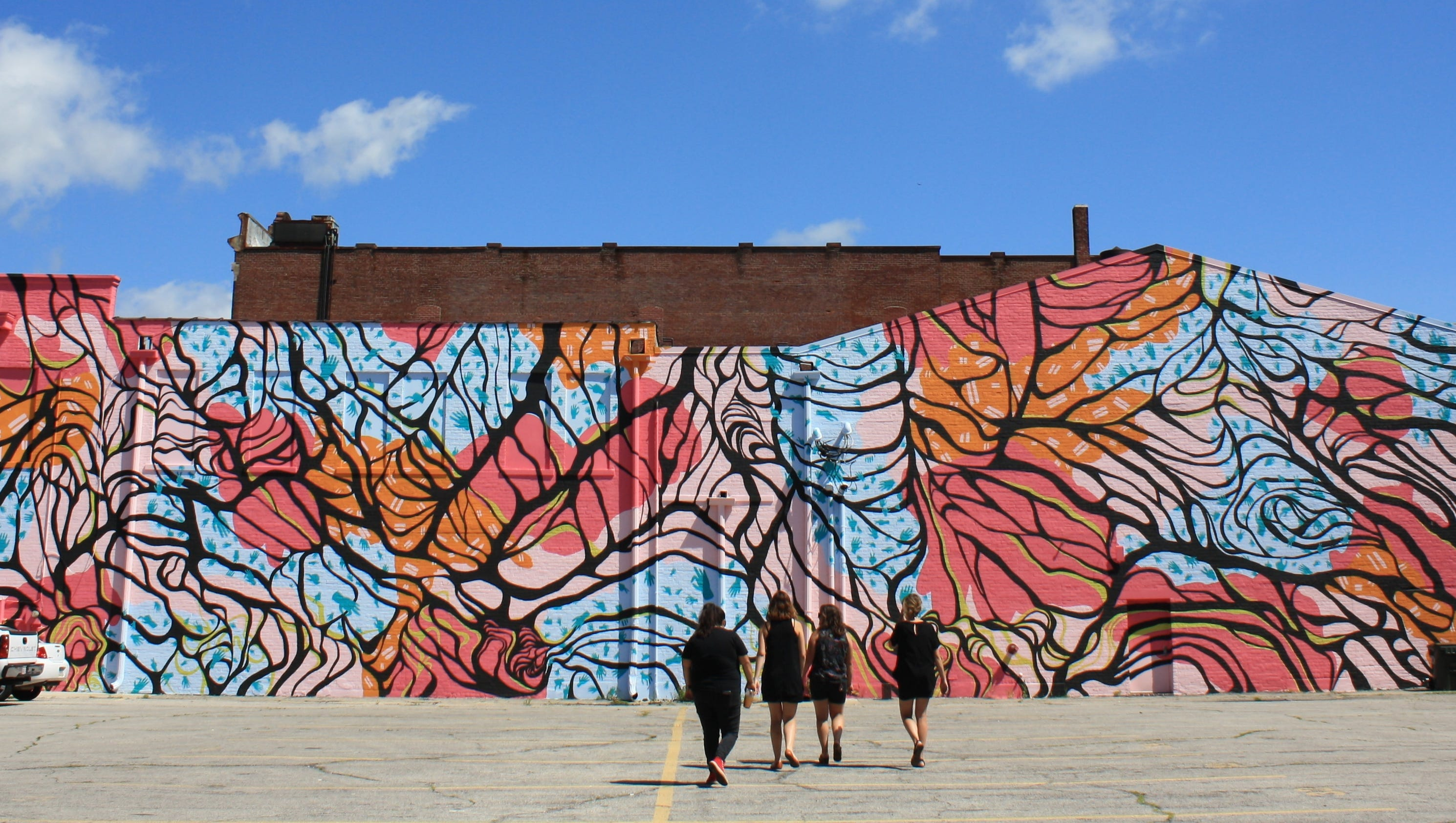 Praise these persistent women for downtown muncie 39 s for 6 blocks from downtown mural