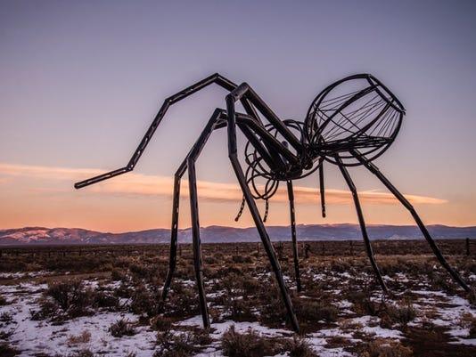 Taos outdoor art festival