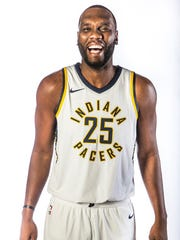 Indiana Pacers center Al Jefferson (25) poses for a