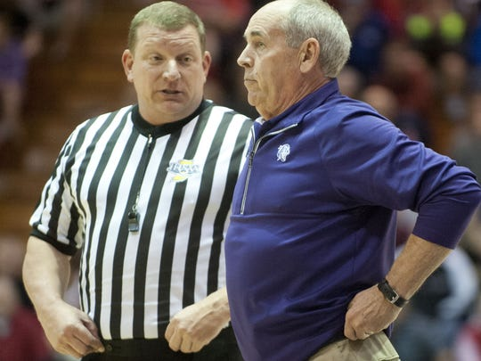Bloomington South's J.R. Holmes becomes Indiana's all-time winningest coach