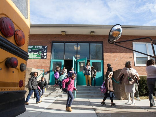 Students are dismissed from Stubbs Elementary School in this News Journal file photo.