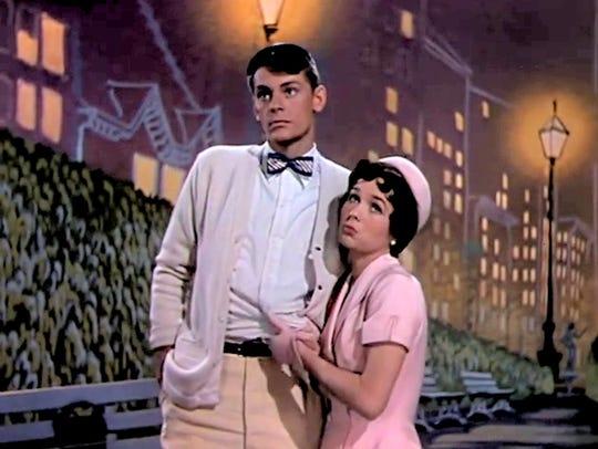Debbie Reynolds and Carleton Carpenter performimg 'I