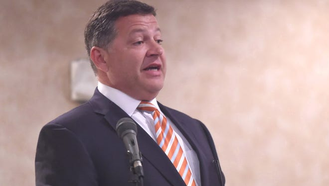 Rep. Bill Shuster, R-Pa., and chairman of the Transportation and Infrastructure Committee, speaks April 15, 2015 at a Lincoln Day Dinner in Chambersburg, Pa.