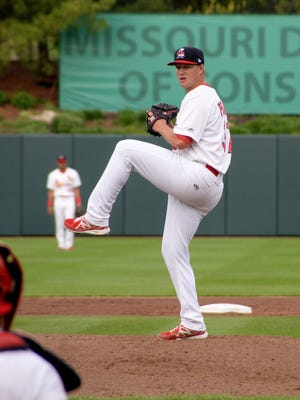 Springfield Cardinals pitcher Matt Pearce was recently named pitcher of the month in the Double-A Texas League. He was also named pitcher of the month for the entire St. Louis Cardinals organization. Pearce is an Estero High School graduate.