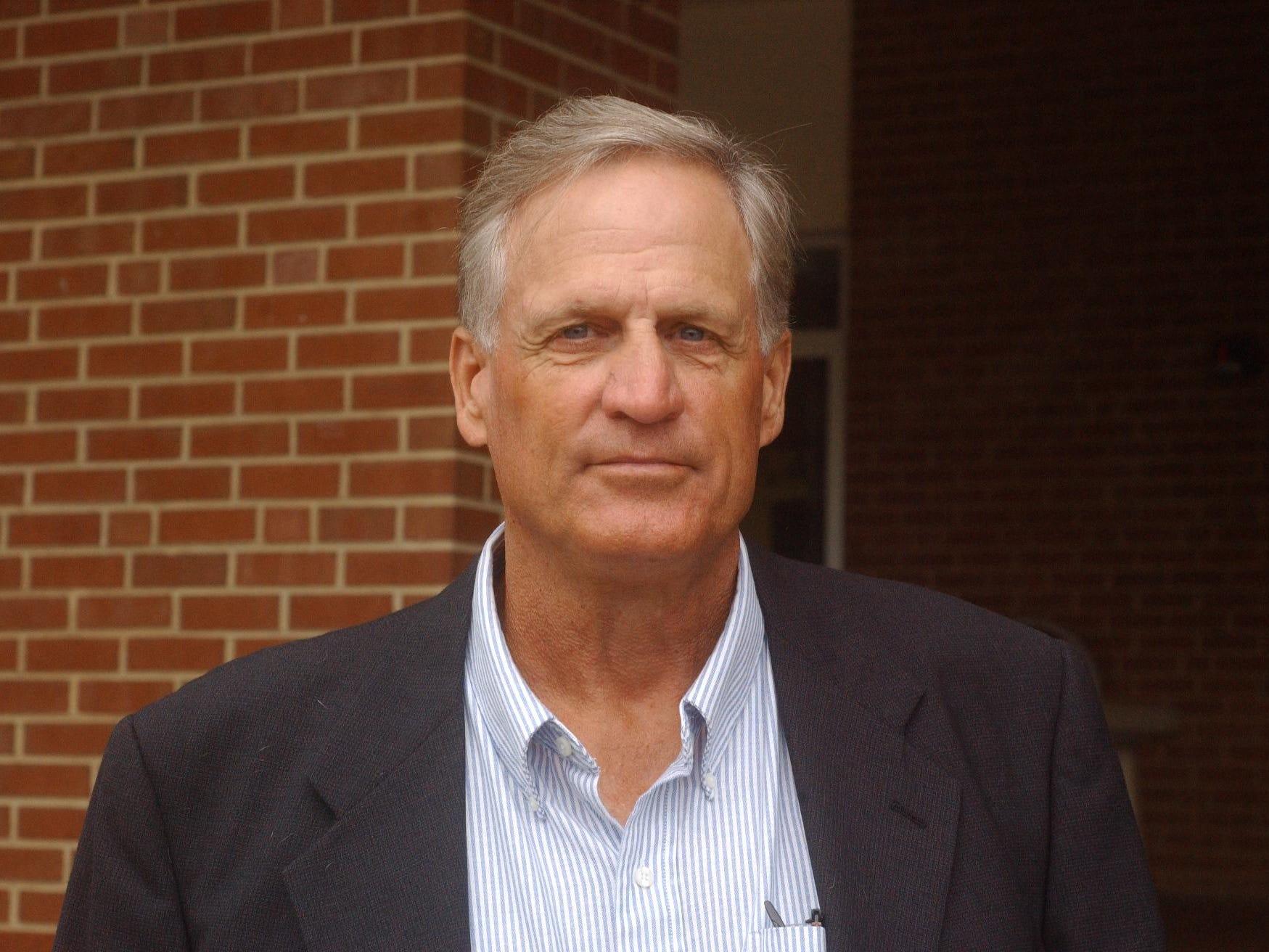 Dennis Dull