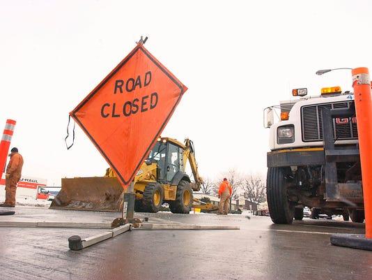 SIGN Road closed, water main break 2005.jpg