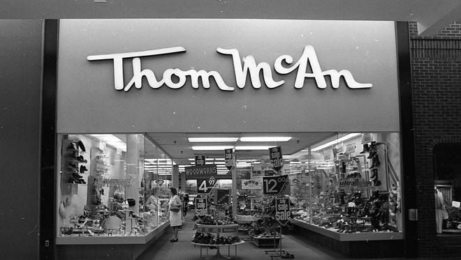 Thom McAn shoes at the Lansing Mall, July 24, 1979.