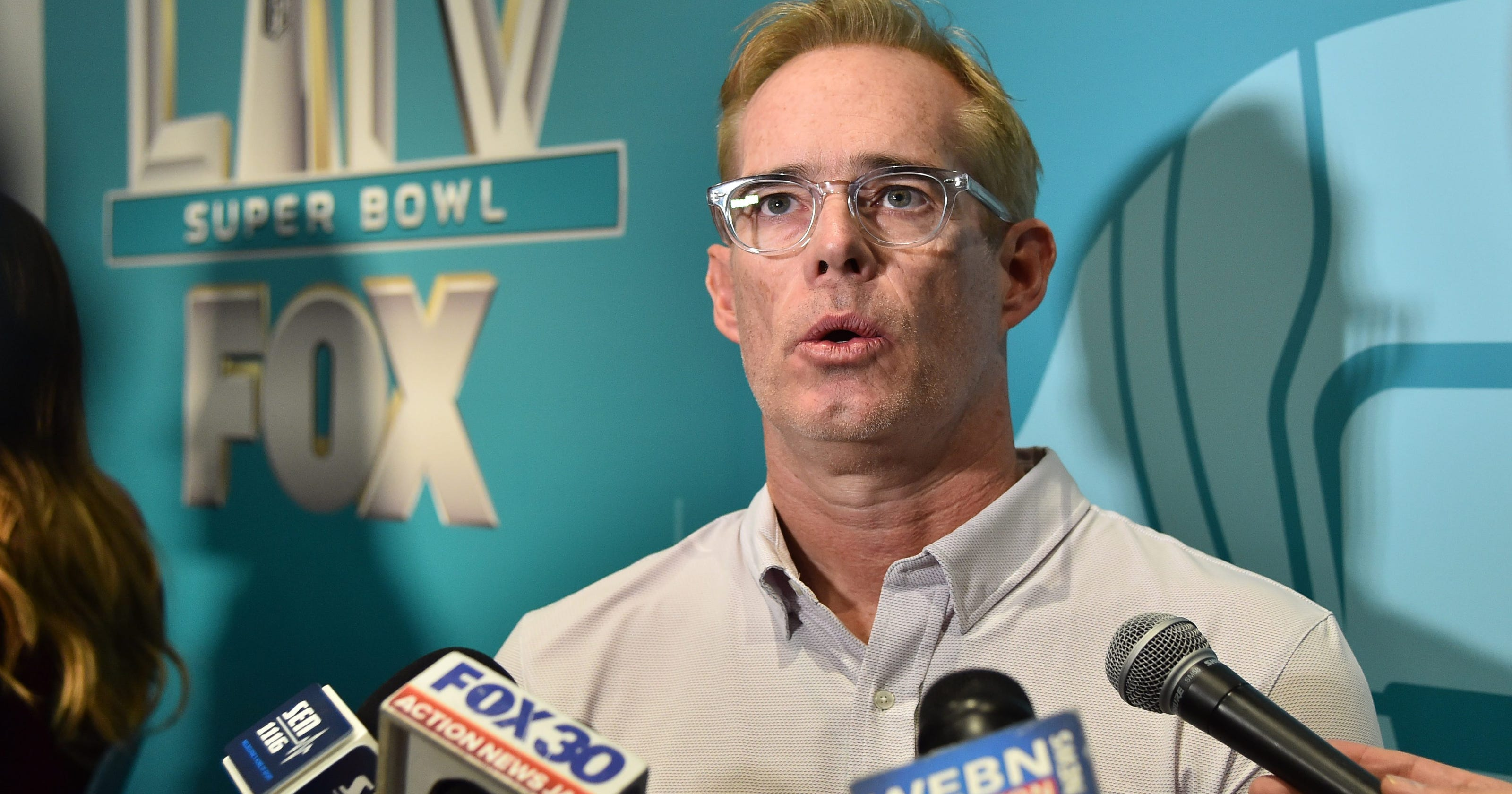Joe Buck stunned by Expert Football Hall of Popularity different in the course of dwell broadcast - USA TODAY thumbnail