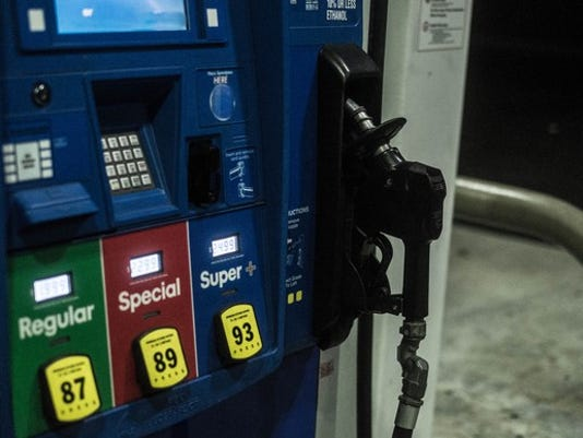 gas-pump_MPYWu1P_large.jpg