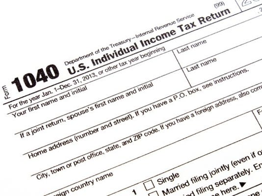 tax-form_tax-deductions_gettyimages-515708887_large.jpg