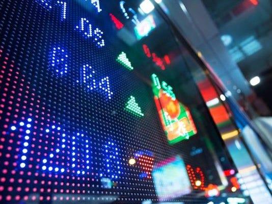 stock-trading-big-board-1500_large.jpg