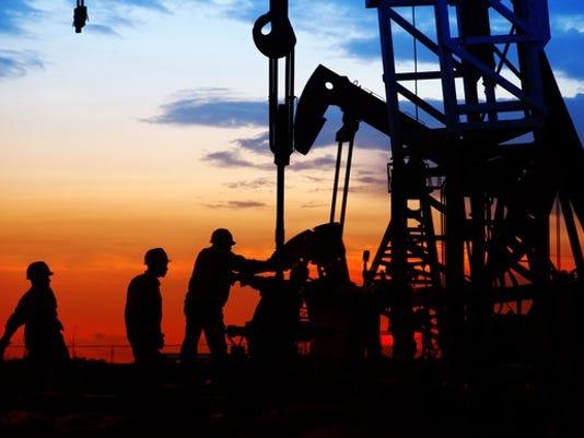 oil-field-workers_large.jpg
