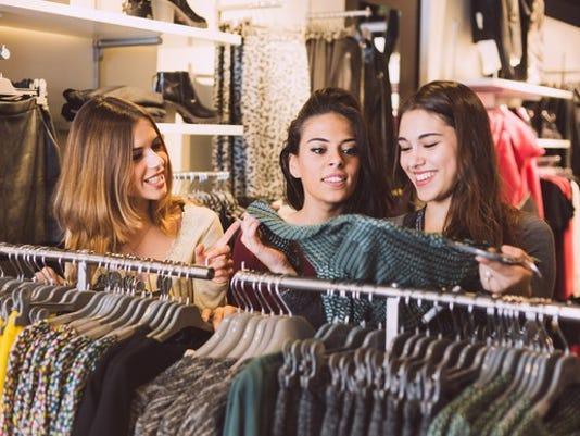 girls-shopping_large.jpg