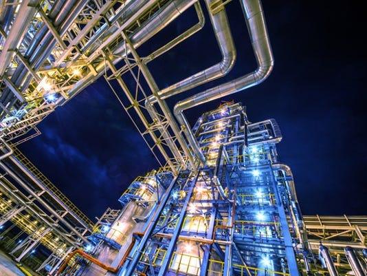 oil-refinery-night-2_large.jpg