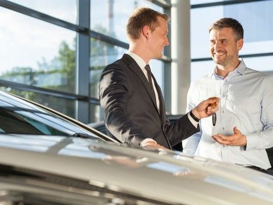car-dealer-gettyimages-507083090_large.jpg