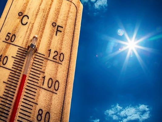 a-thermometer-showing-high-temperatures-on-a-sunny-day_large.jpg